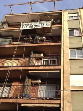 Reparació de balcons i pintura de façanes